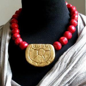 collar sol frida kahlo